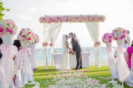 honeymoon villa bedarra island